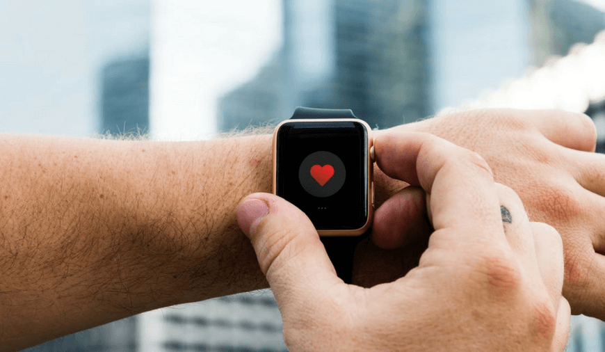 Apple\'s Lawsuit Increases Fresh Criticism Over Heart Rate Sensor In Apple Watch