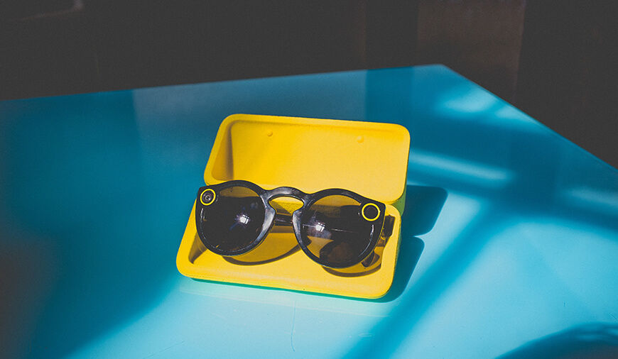 https://dk2dyle8k4h9a.cloudfront.net/All You Need To Know About Snapchat\'s New Spectacles